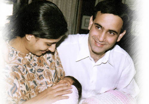 Nikhil Nanda With His Family Veethi
