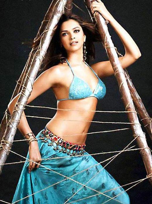 http://www.liveindia.com/deepika-padukone/sexiest_woman.jpg