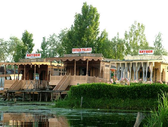 Kashmir Houseboats Information Kashmir Houseboat Tours