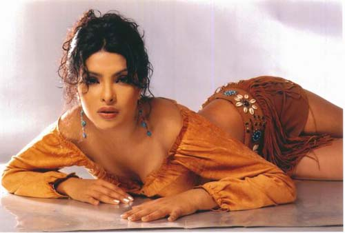 priyanka profile priyanka gallery contact priyanka chopra chat with